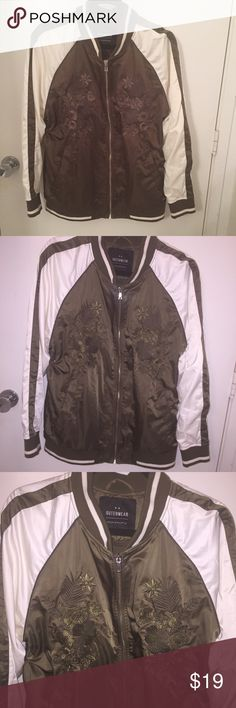 CottonOn Trendy satin embroider bomber s10 fall Cotton on beautiful soft satin embroidered floral pattern bomber jacket. Brown and white size 10. No holes , stains or tears and zipper workers well. Trendy style for fall Cotton On Jackets & Coats
