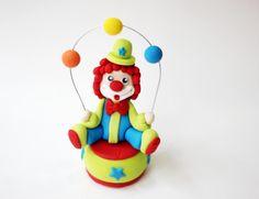 Fondant Circus Clown Topper - Fondant Clown - Circus Fondant - Circus Cake - Edible Clown by Les Pop Sweets on Gourmly