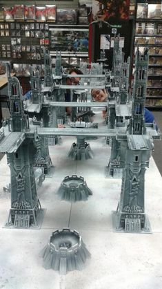 Ice world Hive world warhammer terrain Space Wolves walkways ___ Visit our website now! Warhammer Terrain, 40k Terrain, Game Terrain, Wargaming Terrain, Tabletop, Painting Station, Sci Fi Miniatures, Space Fantasy, Space Wolves
