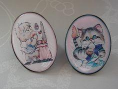 Kawaii Kitsch Kitties Adjustable Statement Rings. £5.00, via Etsy.