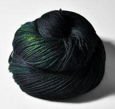 Lost on the shores of Styx OOAK  BFL Sock Yarn par Dyeforwool, €16,50