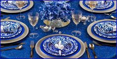 Eye For Design: Decorating With The Pantone Color Of The Year For 2014.....Dazzling Blue