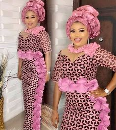 Check out these latest lace asoebi styles, volume These Asoebi Ladies Styles are da bomb, African Fashion Ankara, Latest African Fashion Dresses, African Dresses For Women, African Print Dresses, African Print Fashion, African Attire, Nigerian Fashion, African Clothes, African Hair