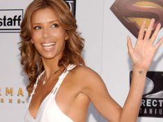 Eva has a small star tattooed on her left wrist.