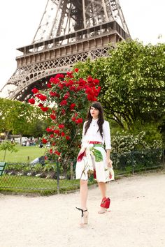 Alix from The Cherry Blossom Girl. Tour Eiffel 26.