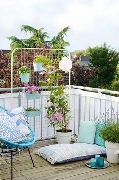 Top 3 DIY ideas for balcony and terrace! - Garten/Balkon - Top 3 DIY ideas for balcony and terrace! - Garten/Balkon - Top 3 DIY ideas for balcony and terrace! - Garten/Balkon - Top 3 DIY ideas for balcony and terrace! Balcony Furniture, Outdoor Furniture Sets, Outdoor Decor, Wood Trellis, Balcony Plants, Apartment Balconies, Balcony Design, Balcony Ideas, Diy Garden Decor