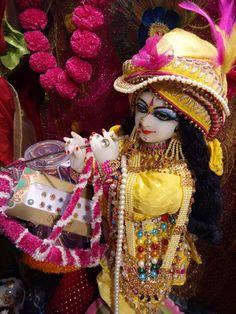 Radha Krishna Love, Radhe Krishna, Laddu Gopal, Krishna Wallpaper, Hare, Captain Hat, Festivals, Sweet, Videos