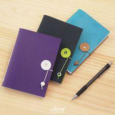 Hand bound synthetic leather journal with button closure /  Diario de piel sintética encuadernado a mano con botónd de cierre