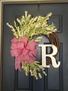 Most current Cost-Free Spring Wreath indoor Concepts Find a uncomplicated how to steer regarding wreath doing and make a attractive outrageous spring wre Wreaths For Front Door, Door Wreaths, Grapevine Wreath, Tulip Wreath, White Wreath, Year Round Wreath, Monogram Wreath, Fall Wreaths, Thanksgiving Wreaths