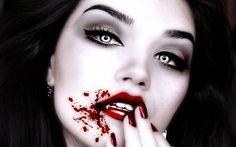Inspiration, alle Accessoires und eine Schmink-Anleitung, damit du dein Vampir Kostüm selber machen kannst.