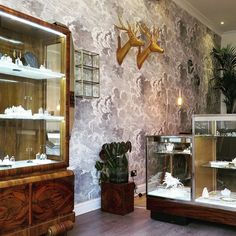 The doors to our Primrose boutique will soon be open step into our world of precious gem stones hand crafted designs and glistening diamond rings. Representing all the things we love about life. Travel adventure fun and freedom. Our address is 48 Chalcot Rd NW1 8LS. #primrosehill #london #engagementrings #jewelerystore #zoeandmorgan
