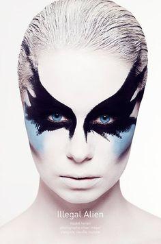 Google Image Result for http://www.heroine-artists.com/wp-content/uploads/2011/03/Alien-blue1.jpg