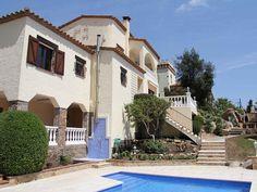La Gallega: Beautiful villa, private garden & heated pool, near to beach & countryside, Wifi | HomeAway