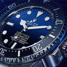 Well friends, there you have it; the new 'D-Blue' Rolex Deepsea Sea-dweller DSSD as predicted; but oh what a feast of nuances. The green, the font, the chromalight dial. The debate starts now, what do you think? ️ #rolex #dssd