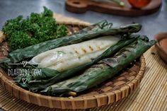 Diah Didi's Kitchen: Otak Otak Panggang Diah Didi Kitchen, Indonesian Cuisine, Savory Snacks, Pickles, Green Beans, Cucumber, Zucchini, Food And Drink, Appetizers