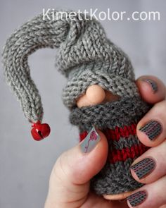 Kimett Kolor: Knitted Gnome Sweater