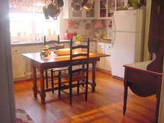 removed some cabinet doors / small table / hutch divider Hometalk :: Farmhouse Kitchen Makeover
