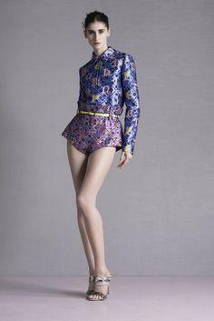 Get inspired and discover Mary Katrantzou trunkshow! Shop the latest Mary Katrantzou collection at Moda Operandi. Mary Katrantzou, Greek Fashion, High Fashion, Fashion Show, Fashion Design, Purple Fashion, Women's Fashion, David Koma, Naeem Khan