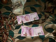 #Breaking J&K Encounter: New Rs. 2000 notes recovered from slain terrorists Exclusive pics and report - http://u4uvoice.com/?p=244196