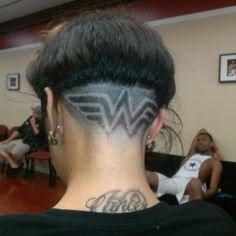 Undercut -Wonderwoman