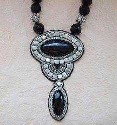 Výsledek obrázku pro beaded embroidery necklace