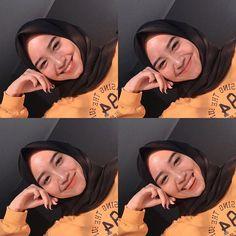 live life in warm yellows 🐥🌻⭐️🌞🌜🍯 Casual Hijab Outfit, Hijab Chic, Hijabi Girl, Girl Hijab, Cute Selfie Ideas, Hijab Makeup, Hijab Cartoon, Hijab Fashion Inspiration, Instagram Pose
