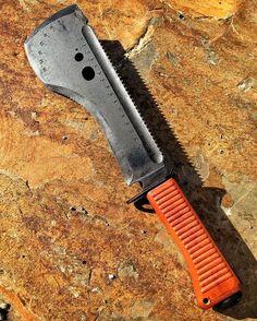 """Russian """"Spetsnaz"""" survival knife"""