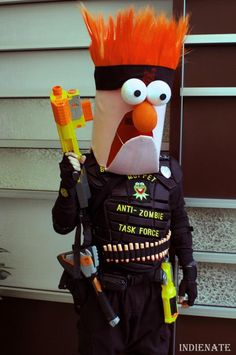 Beaker, zombie hunter - muppets are cool Cosplay Costumes, Halloween Costumes, Halloween Fun, Die Muppets, Beaker Muppets, Zombie Hunter, Fraggle Rock, Nerd Love, Best Cosplay