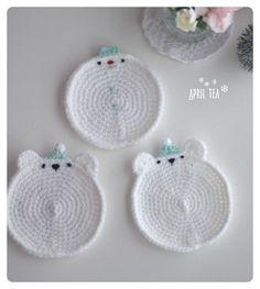 ♥ 폴라베어· 눈사람 티코스터Christmas Tea Coaster ▼▼▼▼▼ Materials 아크릴실, 조이울 / 코바늘... Crochet Cup Cozy, Cute Crochet, Beautiful Crochet, Crochet Hooks, Crochet Motif Patterns, Crochet Designs, Crochet Stitches, Diy Crafts Jewelry, Crochet Accessories