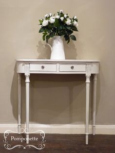 Occasional Table in Original #chalkpaint by @anniesloanhome | by Pomponette | Leicester