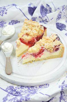 Zwetschgenkuchen mit Streuseln und Cheesecakefüllung Camembert Cheese, Dairy, Food, Cherries, Cherry Cake, Oven, Food Food, Essen, Eten
