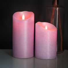 "Part of Luminara's ""Dream Candle"" collection, these wax candles feature a bright flame that actually moves, creating a dancing flicker effect that is identical to a real candle. In addition to an incredibly realistic wax body and a metallic finish, each candle has a remote for easy control at a distance, making these a perfect alternative to regular candle options."