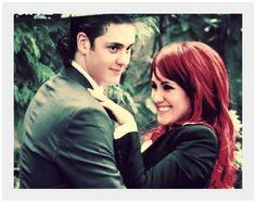 Diego & Roberta - Rebelde (Christopher Uckermann & Dulce Maria)