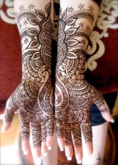 I own a henna lounge in Manitou Springs.  Henna - the no regret tattoo