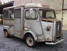 CITROEN HY VAN WITH BIG OPENING SIDE GLASSES For Sale (1973)