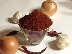 Maharastrian masals Masala Powder Recipe, Masala Sauce, Masala Recipe, Prawn Dishes, Spicy Dishes, Food Dishes, Puran Poli Recipes, Healthy Food Habits, Healthy Recipes