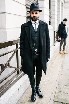 Awesome look. #fashion