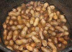 super easy boiled peanuts!