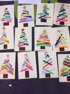 Albero di Natale creato dai bambini con differenti tecniche e materiali. Laboratorio utile per le scuole d'infanzia e primarie