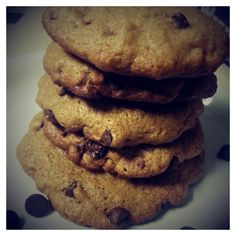 Homemade - 2件のもぐもぐ - Chocolate chip cookies by Giselle P