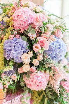 gorgeous Pink Hydrangea Wedding, Burgundy Wedding Flowers, Country Wedding Flowers, Winter Wedding Flowers, Floral Wedding, Wedding Bouquets, Star Wedding, Wedding Shoot, Blue Flowers