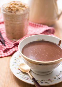 I'm a chocoholic, so I have to try this Parisian Hot Chocolate! The blogger said that now that she's made it this way, she can't go back to the powdered kind.