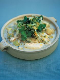 cod, potato & spring onion stew | Jamie Oliver | Food | Jamie Oliver (UK) His version of the Icelandic fish soup mom and I loved. Going to have to try this!