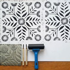 It ain't perfect & needs some work but I'm rather chuffed with this lino print! Stamp Printing, Printing On Fabric, Screen Printing, Lino Art, Stamp Carving, Handmade Stamps, Linoprint, Wall Prints, Block Prints