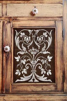 Classic Italian panel stencils pattern that is perfectly sized for adding an artisan detail to furniture and cabinet panels and more from Royal Design Studio Stencils.