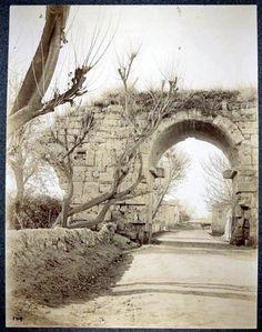 MERSİN-TASUS Kleopatra Kapısı. Bu hali çok güzel... Daha sonra - ne yazık ki-restore edilmiş...