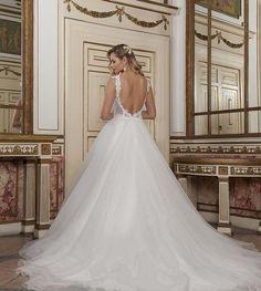 #Mimmagiò #Moda #Abiti #Dress #Matrimonio #Sposa #Bride #TuttoSposi #Fiera #Wedding #Campania Wedding Dresses, Fashion, Bride Dresses, Moda, Bridal Gowns, Fashion Styles, Wedding Dressses, Bridal Dresses