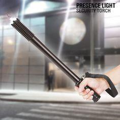 Se está preocupado com a segurança da sua família e procura um artigo que possa utilizar caso tenha de intimidar intrusos, o cassetete com lanterna Presence Light é indispensável