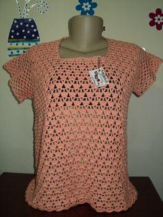 Blusa de crochê com mangas japonesa, feita com linha 100% algodão. Feita na cor e tamanho desejado.