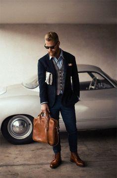 The Sharp Gentleman / menswear / mens fashion / outfit / style The Sartorialist, Style Gentleman, Gentleman Mode, Mode Masculine, Sharp Dressed Man, Well Dressed Men, Moda Hipster, Traje Casual, Moda Formal